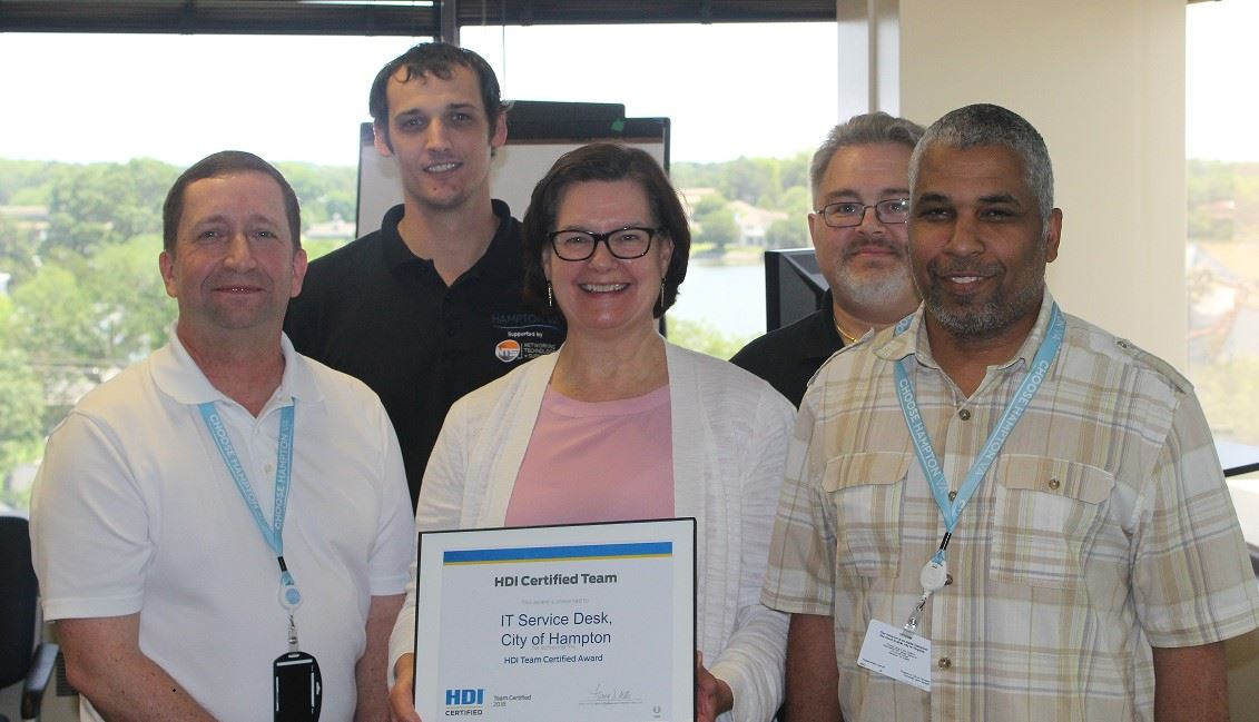 IT staff holds HDI certificate