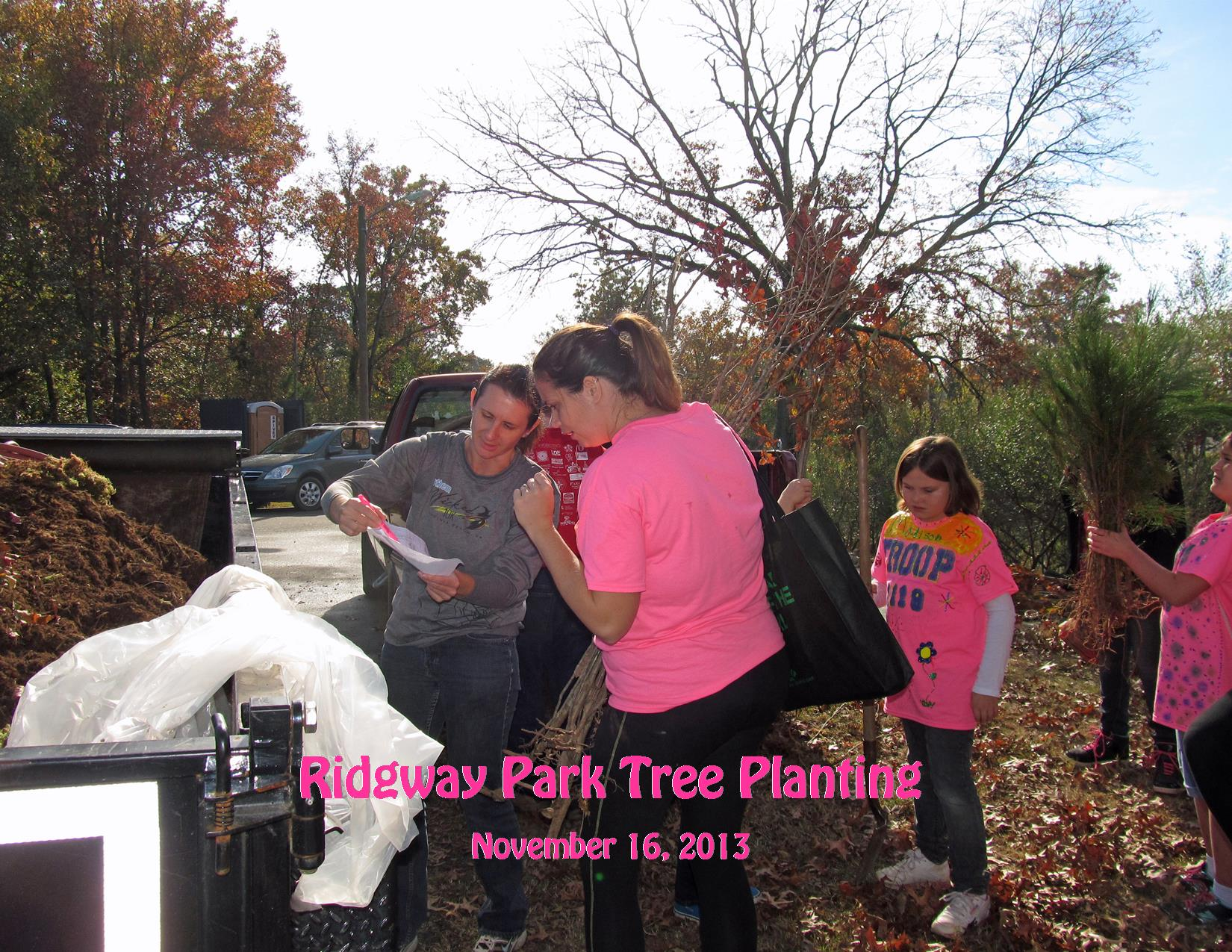 11-16-13 Ridgway Park Tree Planting Getting Trees